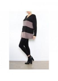 pull grande taille - pull rayé et zippé coloris noir / taupe 2W (porté côté)